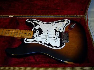 Retro Bandito Fender Stratocaster with ScallopedNeck